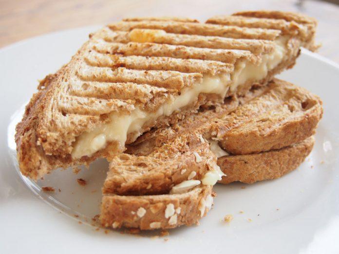 Tosti met Kaas en Gehakt