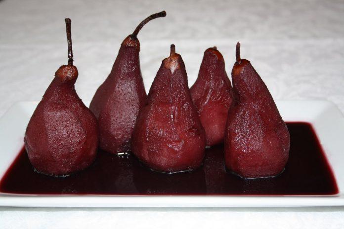 rode peertje in rode wijnsaus