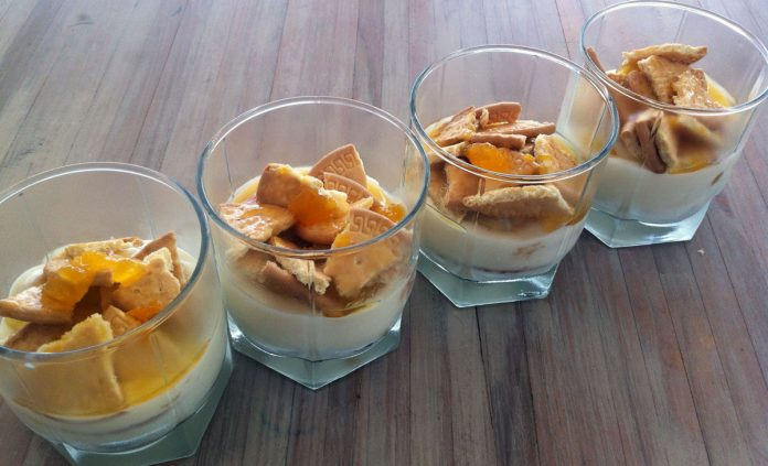 abrikozenkwark-met-biscuitjes