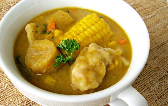 caribische-mais-soep-met-knoedels