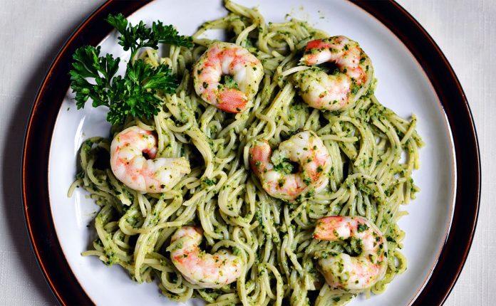 gambas-spinazie-en-pesto-pasta