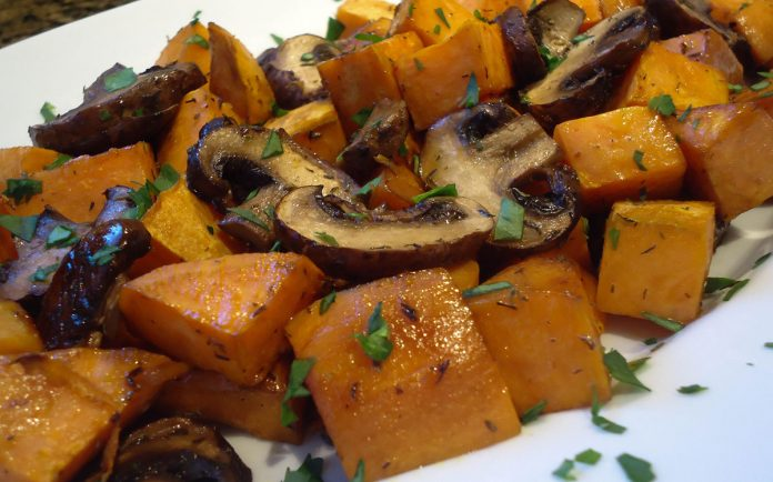 gebakken-aardappeltjes-met-champignons