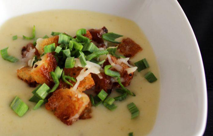 mediterraanse-knoflook-soup