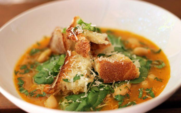 peruaanse-paprika-saffraan-soep