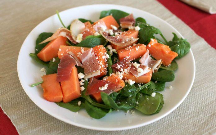 papaya-prosciutto-ham-salade-met-feta-kaas