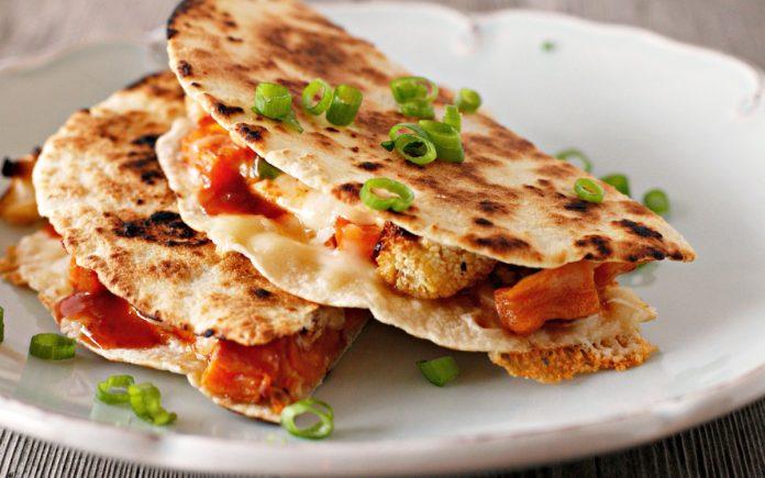 quesadilla-met-zoete-aardappel-en-bloemkool