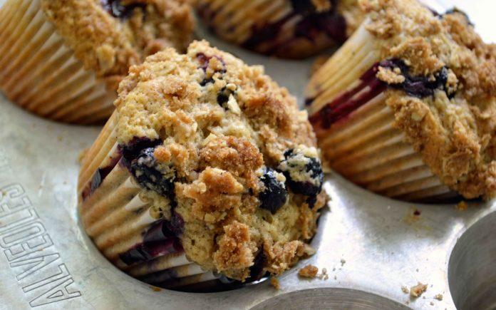 bosbessen-kruimel-muffins