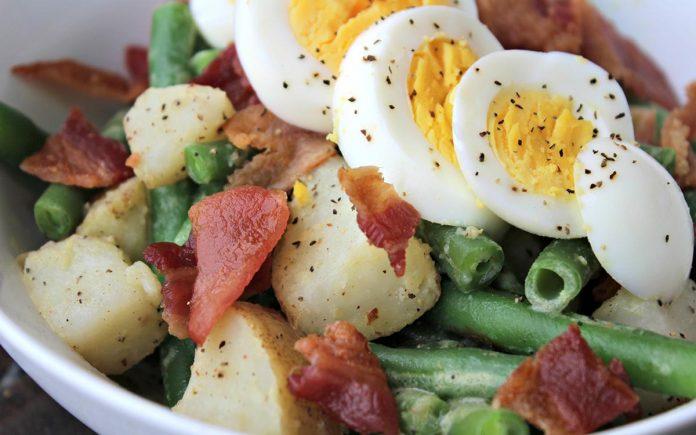 sperziebonen-aardappelsalade-met-bacon-en-ei