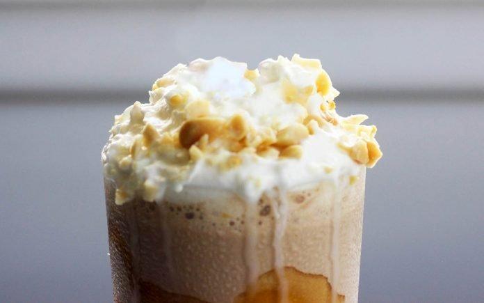 karamel-pinda-milkshake